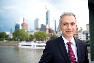 Peter Feldmann, Oberbürgermeister der Stadt Frankfurt am Main, Schirmherr des Weinwettbewerbs